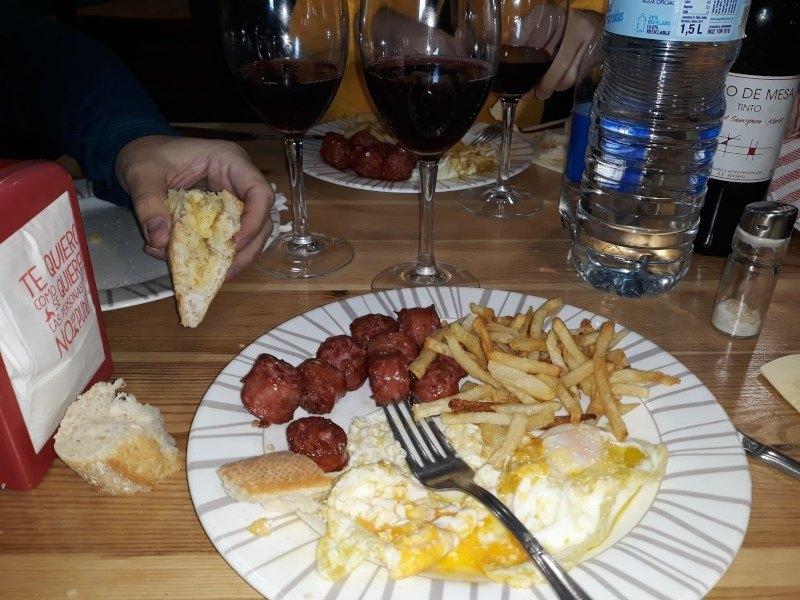 """Almuerzo en """"El Molino"""" de Escuer"""