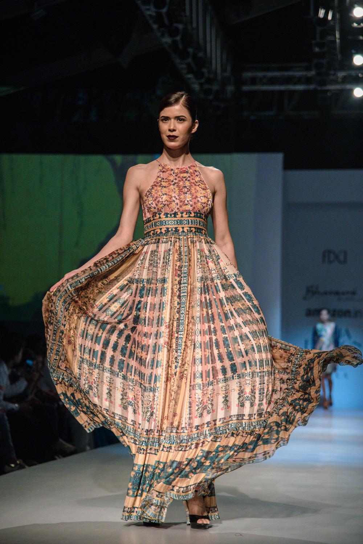 Bhanuni by Jyoti FDCI Amazon India Fashion Week Spring Summer 2018 Look 9