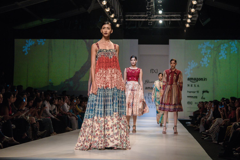 Bhanuni by Jyoti FDCI Amazon India Fashion Week Spring Summer 2018 Look Finale