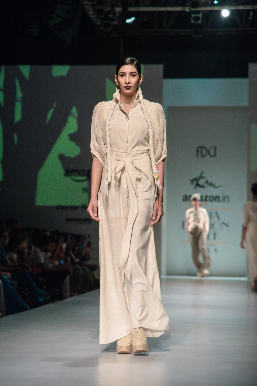 Ekru by Ektaa FDCI Amazon India Fashion Week Spring Summer 2018 Look 4
