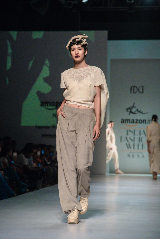 Ekru by Ektaa FDCI Amazon India Fashion Week Spring Summer 2018 Look 5