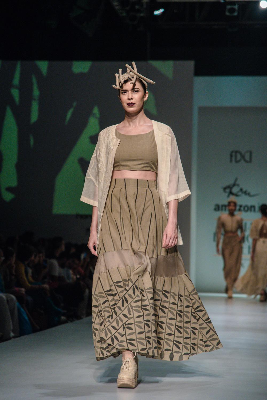 Ekru by Ektaa FDCI Amazon India Fashion Week Spring Summer 2018 Look 9