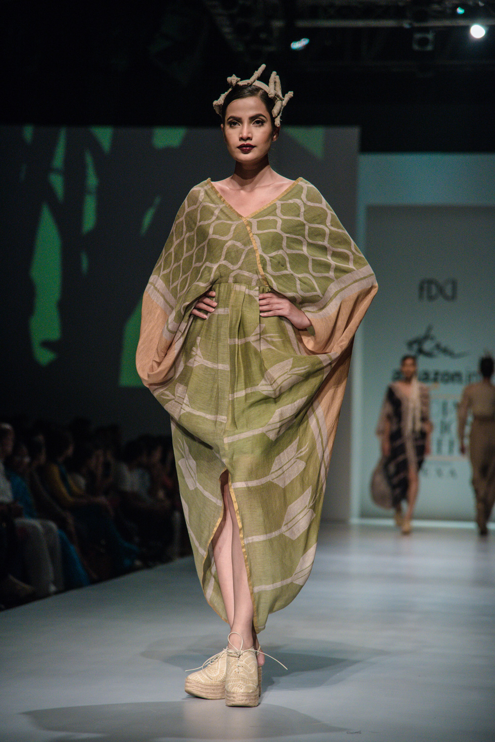 Ekru by Ektaa FDCI Amazon India Fashion Week Spring Summer 2018 Look 11