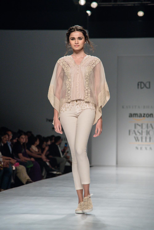 Kavita Bhartiya FDCI Amazon India Fashion Week Spring Summer 2018 Look 7
