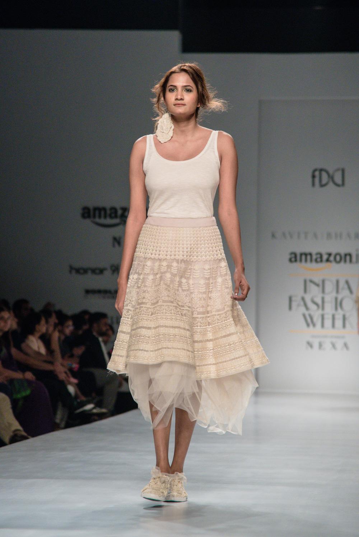 Kavita Bhartiya FDCI Amazon India Fashion Week Spring Summer 2018 Look 8