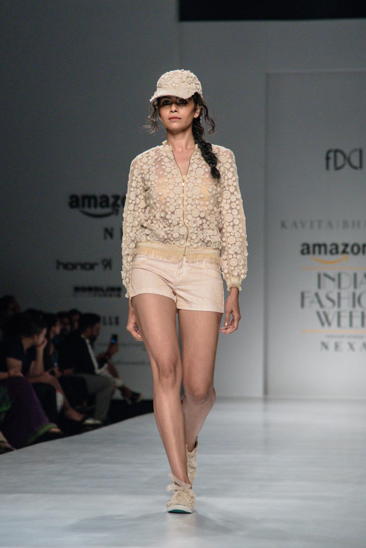 Kavita Bhartiya FDCI Amazon India Fashion Week Spring Summer 2018 Look 10