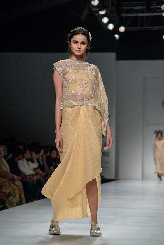 Kavita Bhartiya FDCI Amazon India Fashion Week Spring Summer 2018 Look 2