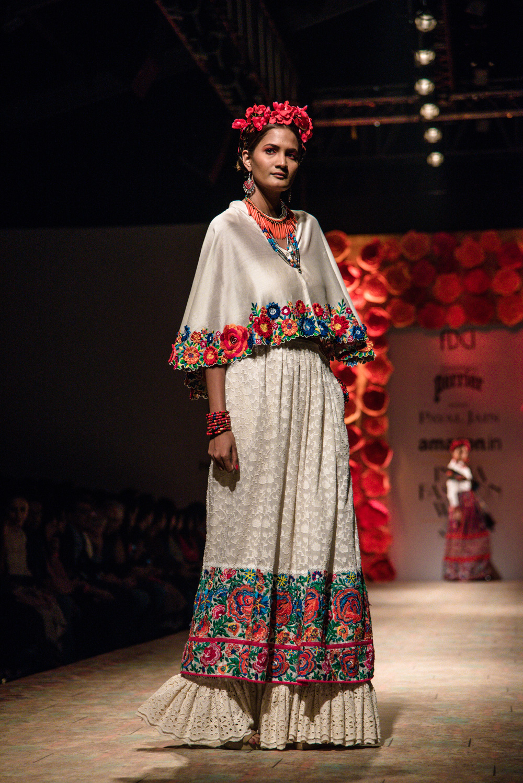 Payal Jain FDCI Amazon India Fashion Week Spring Summer 2018 Look 4