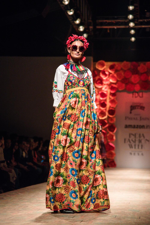 Payal Jain FDCI Amazon India Fashion Week Spring Summer 2018 Look 12