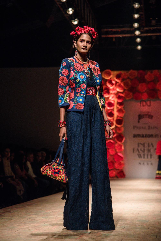 Payal Jain FDCI Amazon India Fashion Week Spring Summer 2018 Look 14