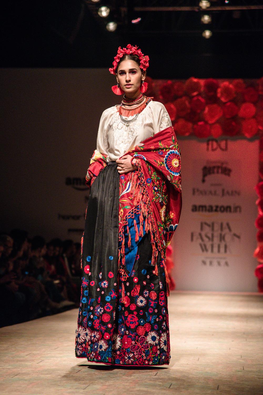Payal Jain FDCI Amazon India Fashion Week Spring Summer 2018 Look 21