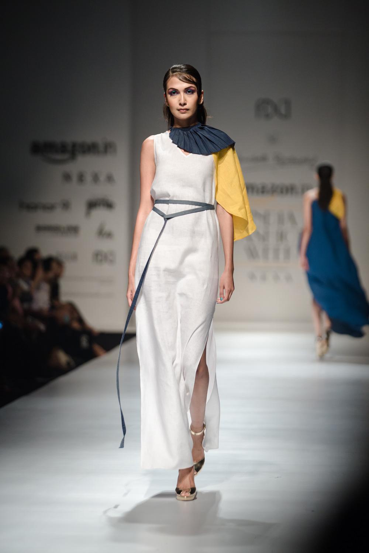 Wendell Rodricks FDCI Amazon India Fashion Week Spring Summer 2018 Look 9