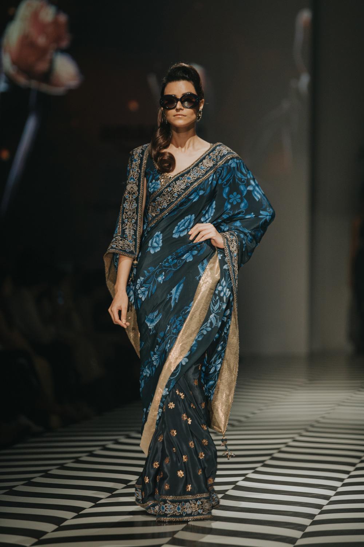 JJ Valaya FDCI Amazon India Fashion Week Spring Summer 2018 Look 7