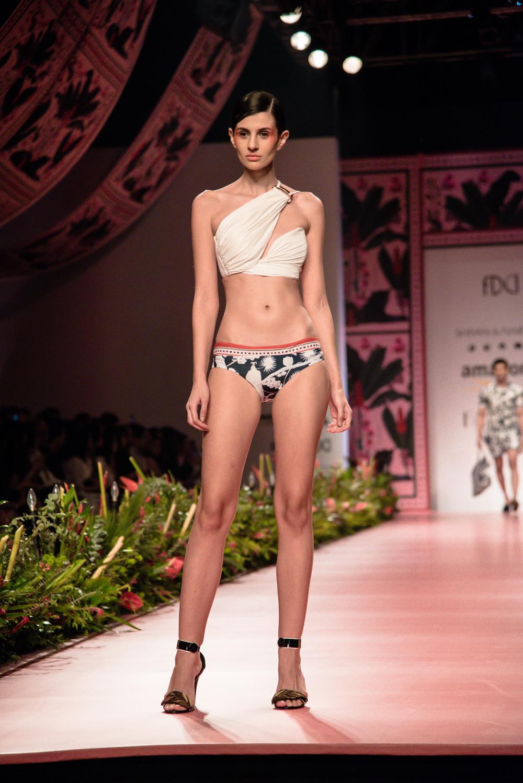 Shivan and Narresh FDCI Amazon India Fashion Week Spring Summer 2018 Look 1