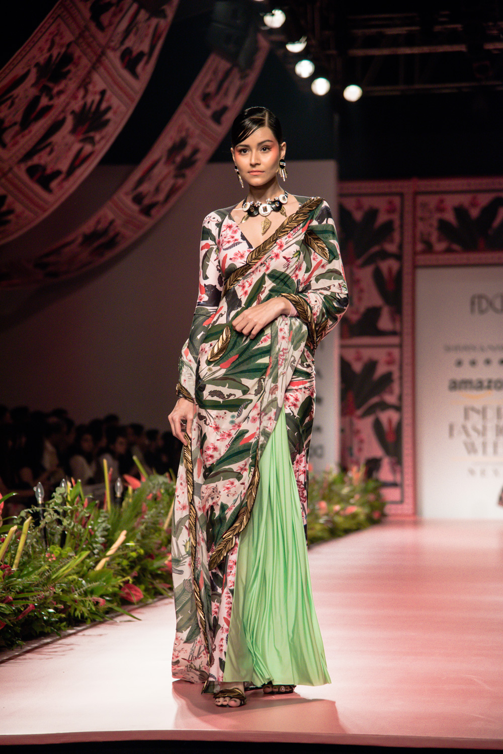 Shivan and Narresh FDCI Amazon India Fashion Week Spring Summer 2018 Look 9