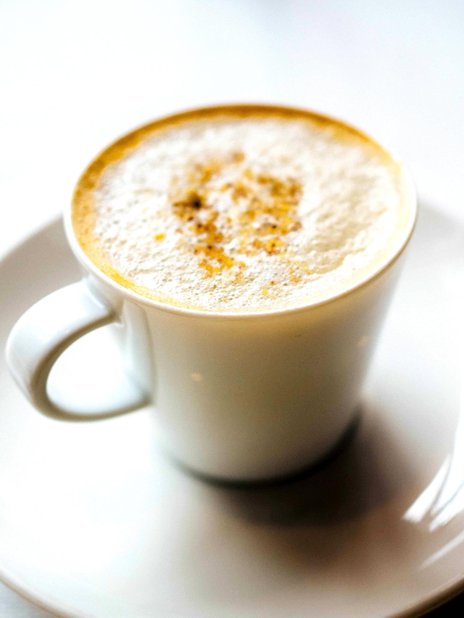 Varq Kale Channe ki Cappuccino