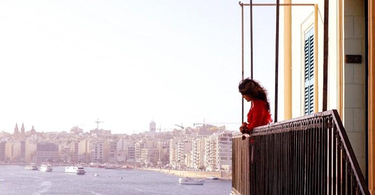 I am a Travel Addict | Zardozi Magazine