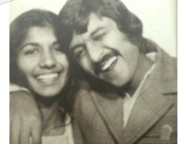 Old-School-Love-This-is-what-Weddings-Looked-like-when-our-Parents.-Zardozi-Magazine