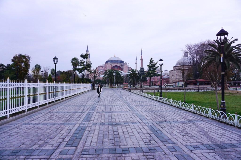 Istanbul Travel Guide - Zardozi Magazine - Hagia Sophia
