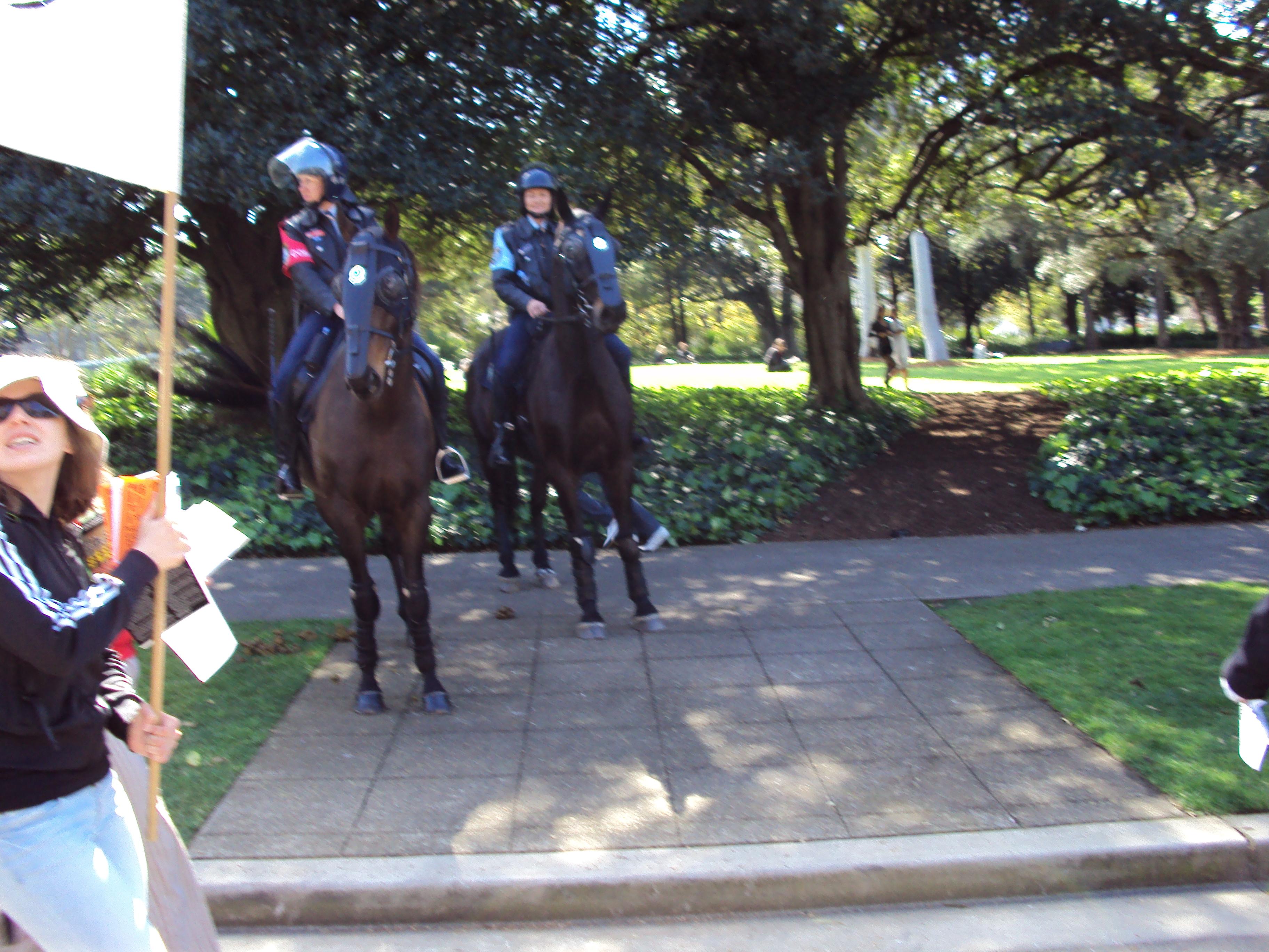 Riot Police in Sydney Uni