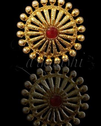 Pearls Antique Ring