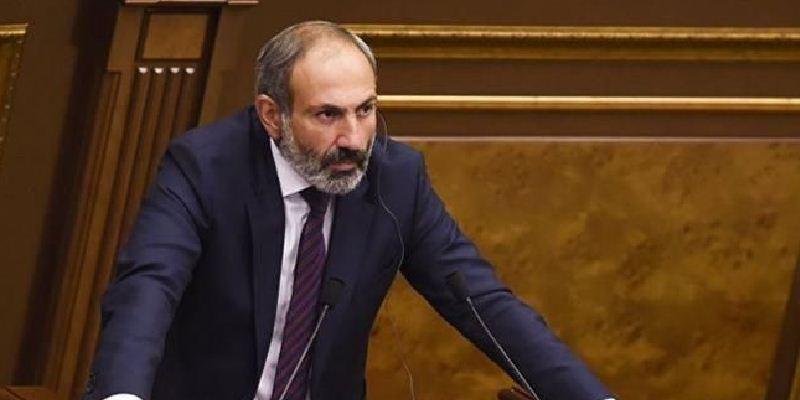 Уряд Вірменії через ескалацію конфлікту в Нагірному Карабасі ввів у країні воєнний стан і оголосив загальну мобілізацію резерву