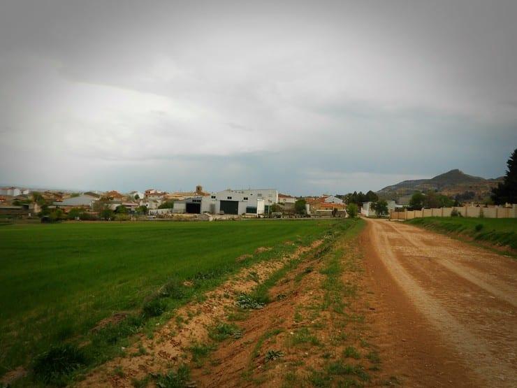 Camino a Portalrubio de Guadamejud