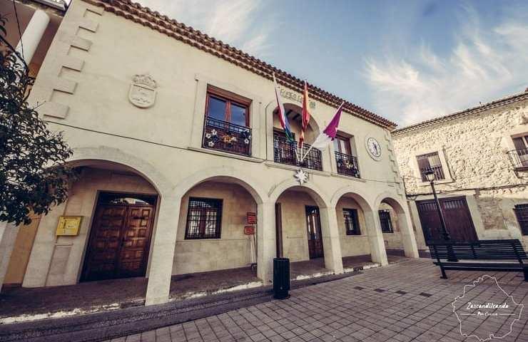 Ayuntamiento_La_Pesquera_Cuenca
