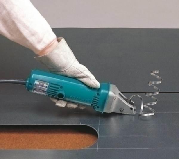 Электрические-ножницы-Виды-характеристики-как-выбрать-и-цена-электрических-ножниц-1