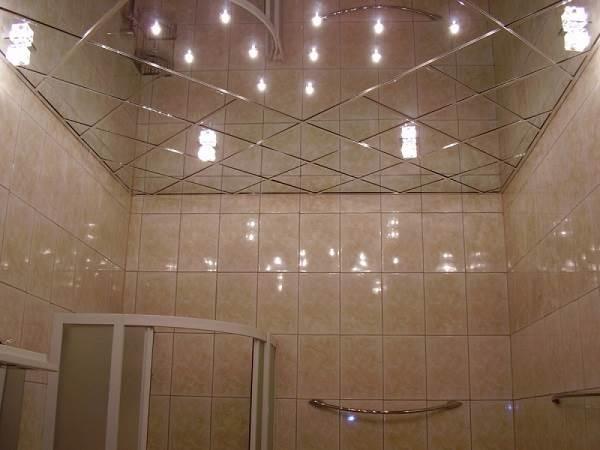 Какой-потолок-сделать-в-ванной-1