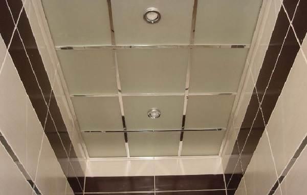 Какой-потолок-сделать-в-ванной-5