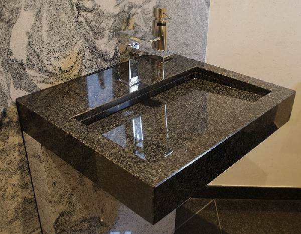 Кварцевый-камень-Описание-особенности-виды-цена-и-применение-кварцевого-камня-6