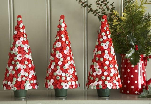 Περιγραφή: Το οκταπλωμένο αστέρι στην Ορθοδοξία χρησιμοποιήθηκε για την εικόνα του αστέρα Vflav. Ήταν διακοσμημένη με ένα χριστουγεννιάτικο δέντρο για τα Χριστούγεννα. Το 1918 απαγορεύτηκε να γιορτάσουμε τα Χριστούγεννα και τα Χριστουγεννιάτικα δέντρα για να γιορτάσουν τα Χριστουγεννιάτικα δέντρα άρχισαν να διακοσμήσουν ένα κόκκινο πεντανόστιμο αστέρι. Τώρα τα Χριστούγεννα είναι μια αγαπημένη διακοπές ...