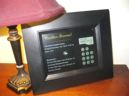 Sungale Wi-Fi photo frame weather widget