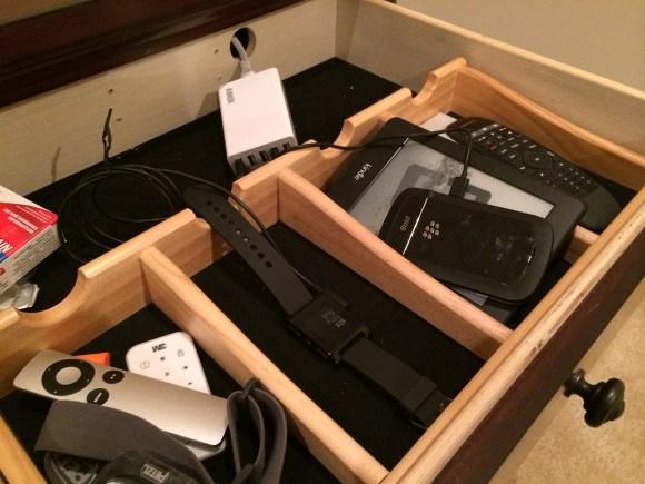anker-drawer