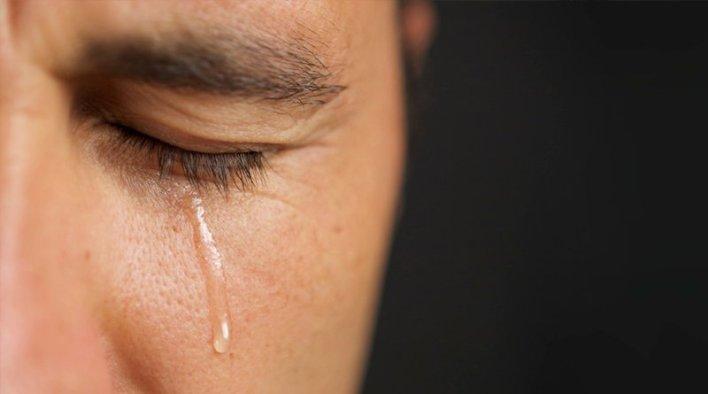 الرجال-لا-يبكون