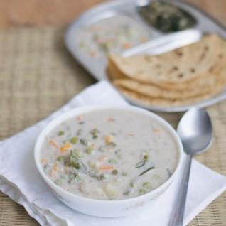 Vegetable Korma Recipe | Vegetable White Korma Recipe