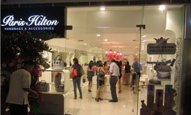 Paris Hilton To Open Boutique In Peru