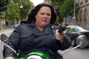 New hysterical SPY trailer with Melissa McCarthy 1