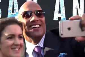 Dwayne Johnson Sets Guinness World Record At Movie Premiere With The Most Selfies Ever Taken