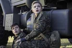 THE 5TH WAVE - In theaters January 22, 2016 2
