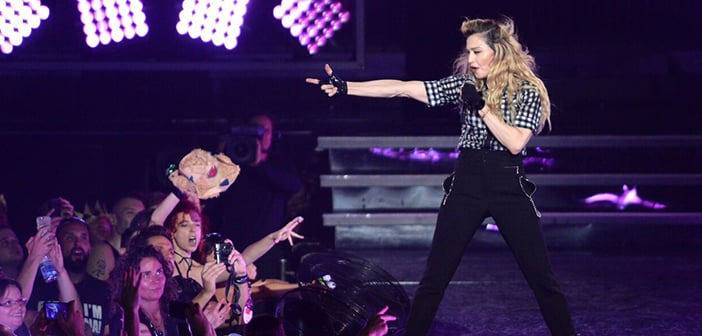 Madonna Shows Ups Hours Late And Possibly Drunk To  Kentucky  Concert