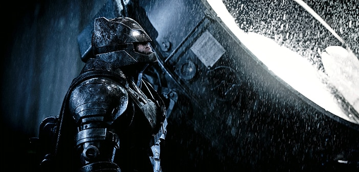 Batman V Superman - #Whowillwin New Clips And Movie Poster 1