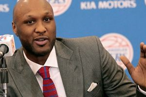 Prosecutors Dropping Charges Against Lamar Odom For Last Year's Coked Out Brothel Visit