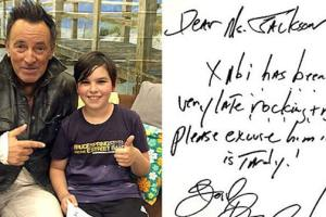 Bruce Springsteen Helps 9 Year Old Fan With Tardy Note at Late Night Concert 2