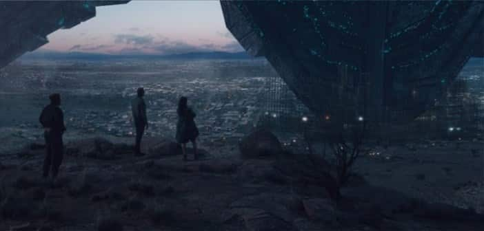 INDEPENDENCE DAY: RESURGENCE - NEW Trailer Released and Earth Day Celebration! 3