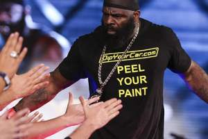 Backyard Brawler, MMA Fighter, And Actor Kimbo Slice Announced Dead At 42