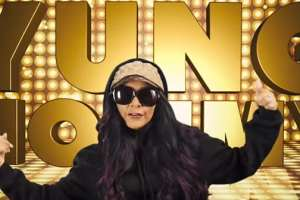 "Former ""Jersey Shore"" Star Snooki Debuts First Single As Yung Mommy"