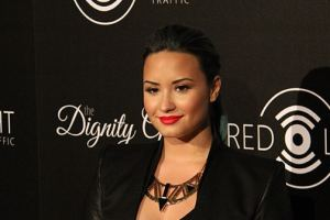 Demi Lovato Is Not Happy With Taylor Swift And She's Not Afriad To Say It