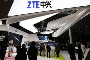 ZTE Project Chooses Winner For New Concept To Create A True Hands-Free, Self-Adhesive Smartphone 2